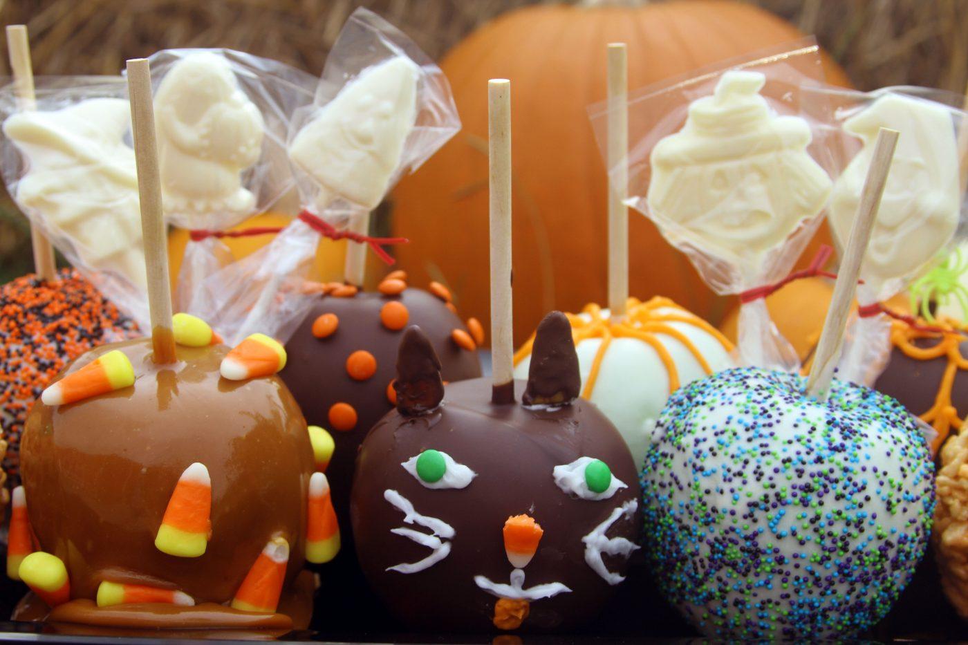 Happy Halloween Weekends Treats at Holiday World