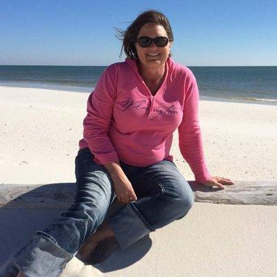 Travel with Sara Broers
