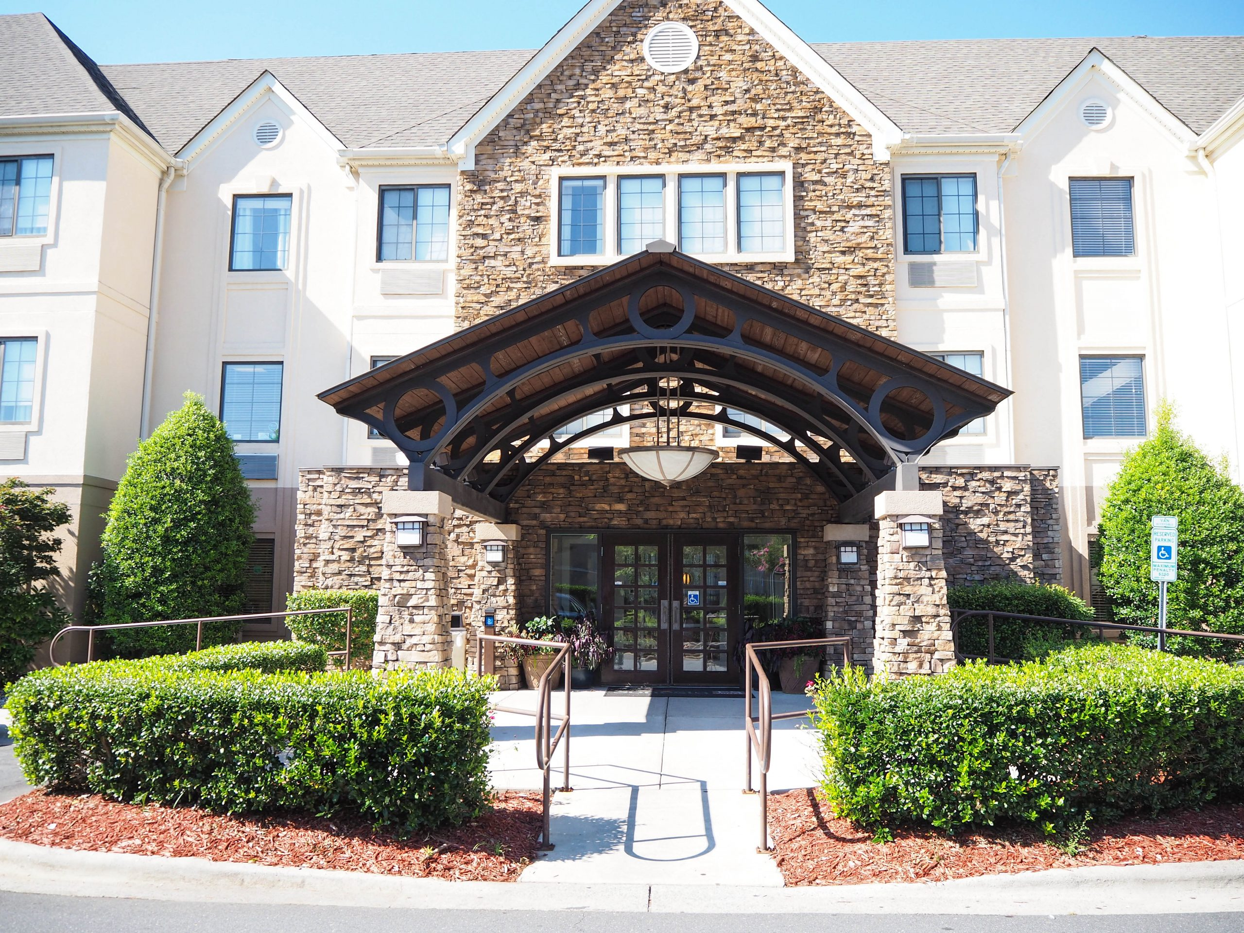 Our First Experience at a Sonesta ES Suites - Charlotte - Arrowood - South Carolina