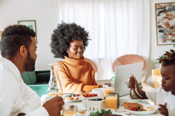 3 Ways to Gain an Identity Outside of Motherhood