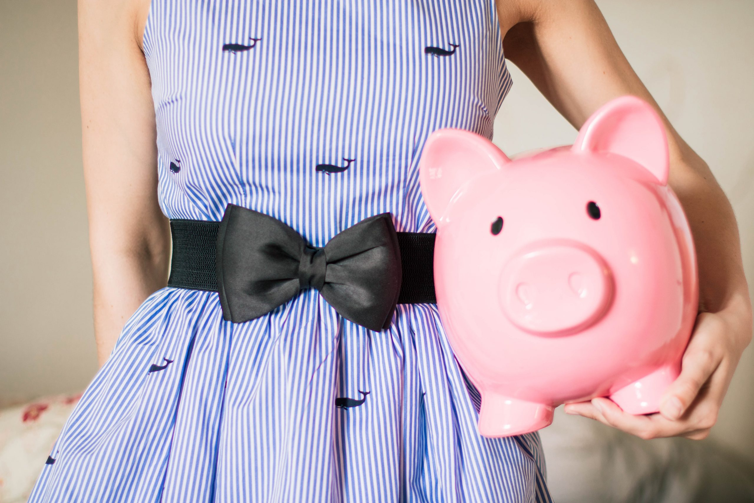 Tips to Stick to Your Monthly Budget